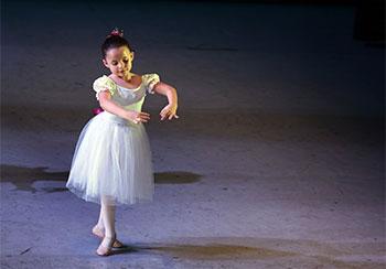 Dancing Ballet 1