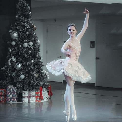 Maura McHugh as Sugar Plum